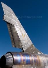 42239 - France - Air Force North American F-100 Super Sabre