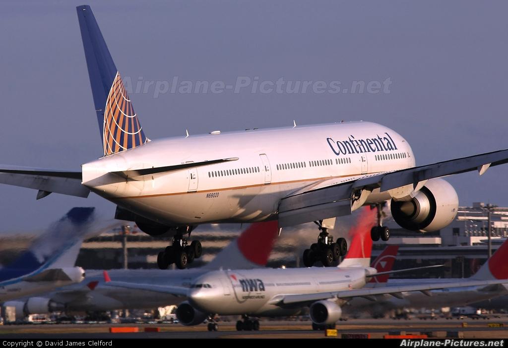 Continental Airlines N69020 aircraft at Tokyo - Narita Intl