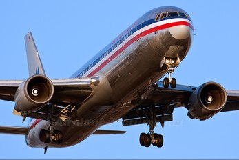 N388AN - American Airlines Boeing 767-300ER