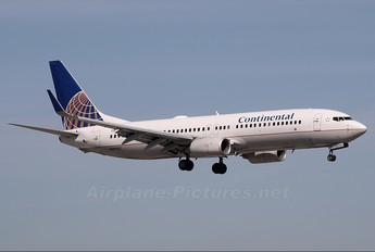 N39297 - Continental Airlines Boeing 737-800