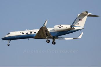 97-0400 - USA - Air Force Gulfstream Aerospace C-37A