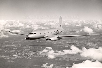 VX195 - Royal Air Force Avro 688 Tudor 8