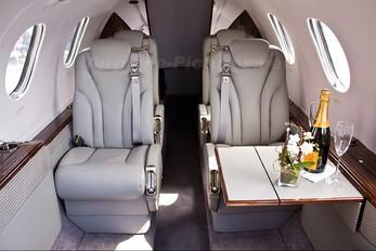 N390P - Private Hawker Beechcraft 390 Premier
