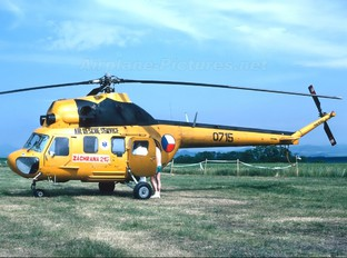 0715 - Czechoslovak - Air Force Mil Mi-2