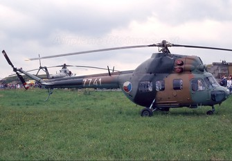 7741 - Czech - Air Force Mil Mi-2