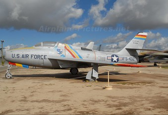 51-9432 - USA - Air Force Republic F-84F Thunderstreak