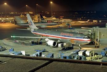 N70054 - American Airlines Airbus A300