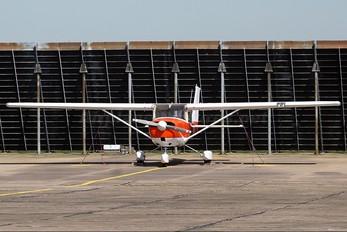 G-AWUU - Private Cessna 150