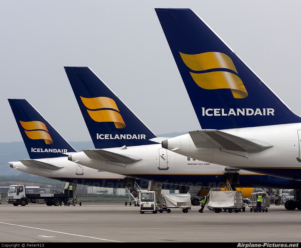 Icelandair TF-FIV aircraft at Glasgow