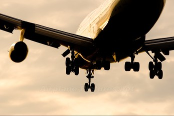 G-CIVV - British Airways Boeing 747-400