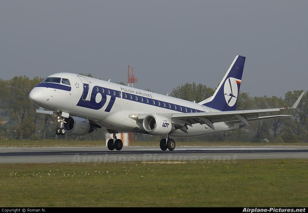 LOT - Polish Airlines - aircraft at Kraków - John Paul II Intl