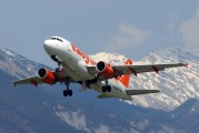 G-EZDL - easyJet Airbus A319 aircraft