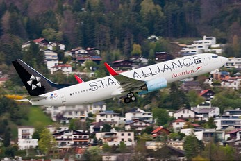 OE-LNT - Austrian Airlines/Arrows/Tyrolean Boeing 737-800