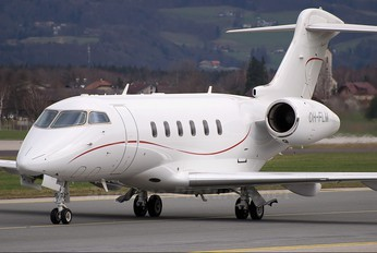 OH-FLM - Jetflite Oy Bombardier BD-100 Challenger 300 series