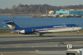 N913ME - Midwest Airlines Boeing 717