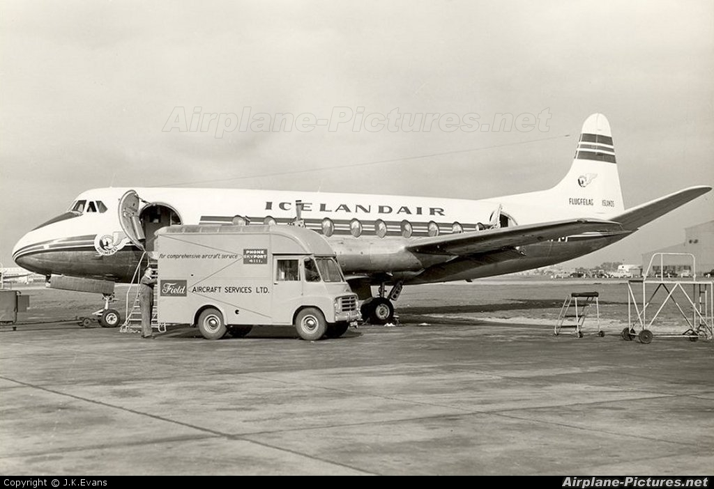 Icelandair TF-ISU aircraft at London - Heathrow