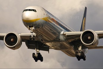 VT-JEJ - Jet Airways Boeing 777-300ER