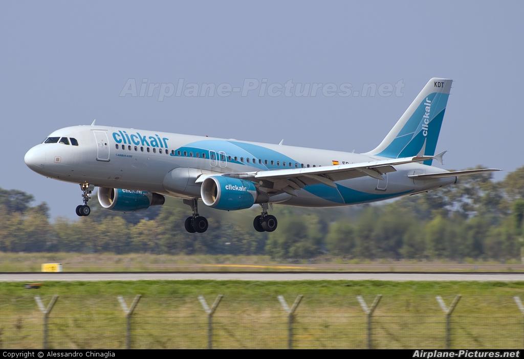 Clickair EC-KDT aircraft at Rome - Fiumicino