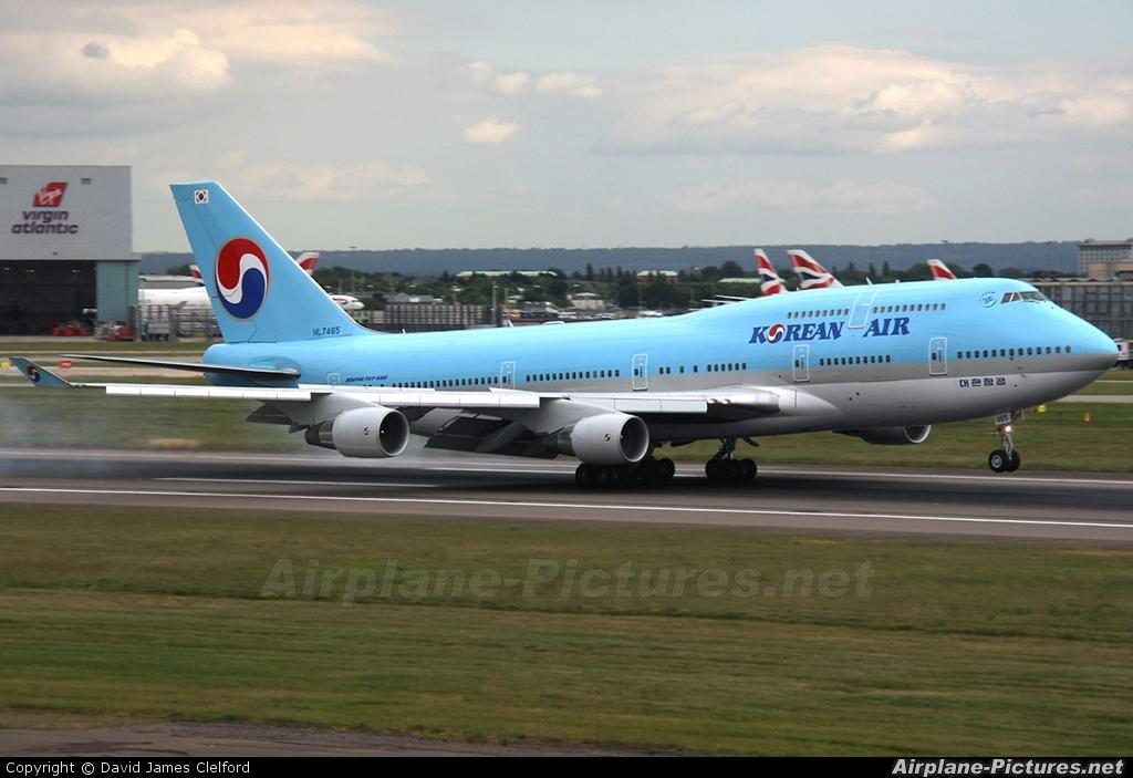 Korean Air HL7465 aircraft at London - Heathrow