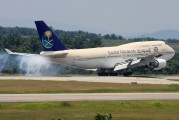 HZ-AIW - Saudi Arabian Airlines Boeing 747-400 aircraft
