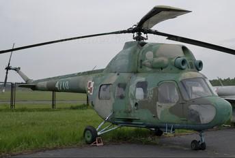 4710 - Poland - Air Force Mil Mi-2