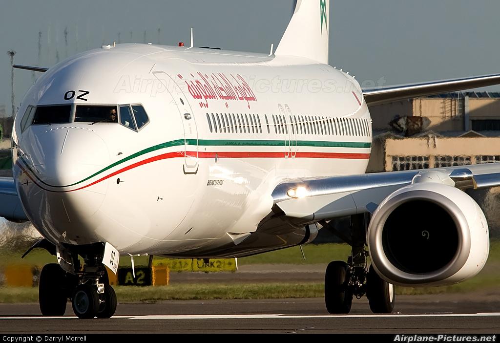 Cn roz royal air maroc boeing 737 800 at london for Interieur 737