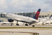 N638DL - Delta Air Lines Boeing 757-200 aircraft