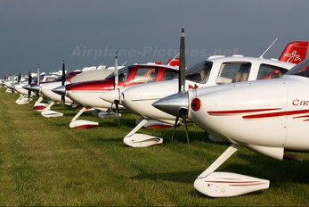 N6015K - Private Cirrus SR22
