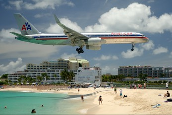 N614AA - American Airlines Boeing 757-200