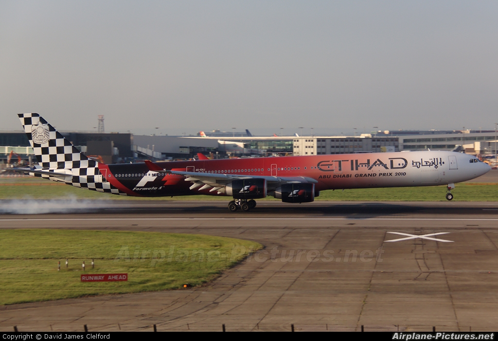 Etihad Airways A6-EHJ aircraft at London - Heathrow