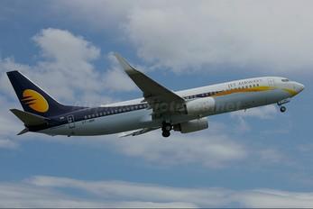 VT-JBR - Jet Airways Boeing 737-800