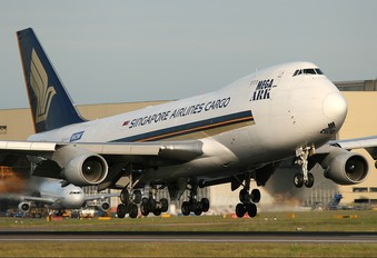 9V-SFG - Singapore Airlines Cargo Boeing 747-400F, ERF