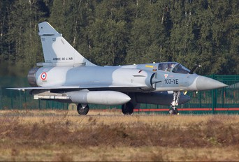 122 - France - Air Force Dassault Mirage 2000C