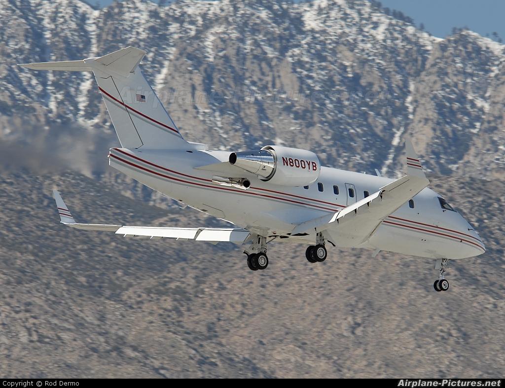 Private N800YB aircraft at Palm Springs Intl