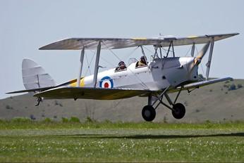 G-AOIL - Private de Havilland DH. 82 Tiger Moth