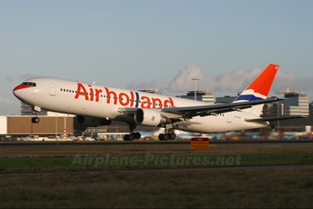 PH-AHY - Air Holland Boeing 767-300ER