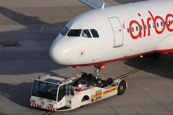 HB-IOQ - Air Berlin - Belair Airbus A320