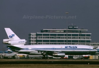 N1035F - Air Florida McDonnell Douglas DC-10