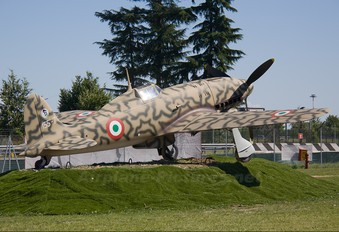 - - Italy - Air Force Macchi MC-205 Veltro