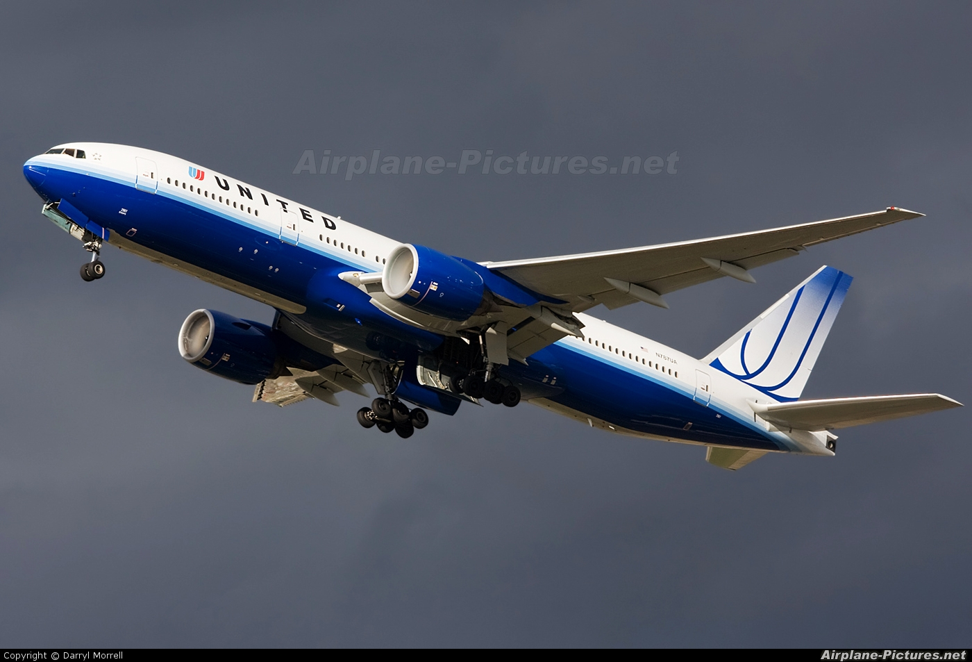 United Airlines N787UA aircraft at London - Heathrow