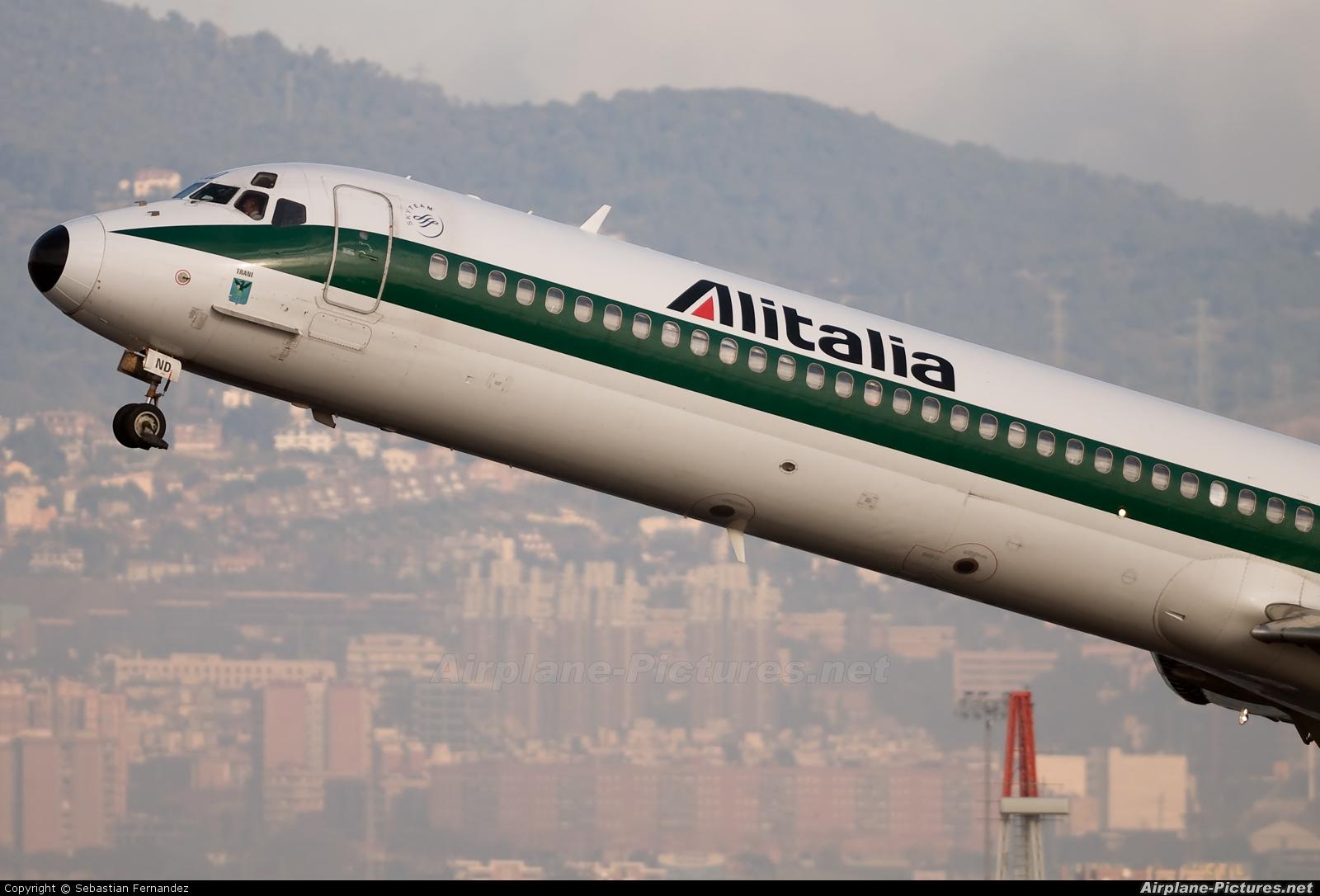 Jet Privato Alitalia : I dand alitalia mcdonnell douglas md at barcelona