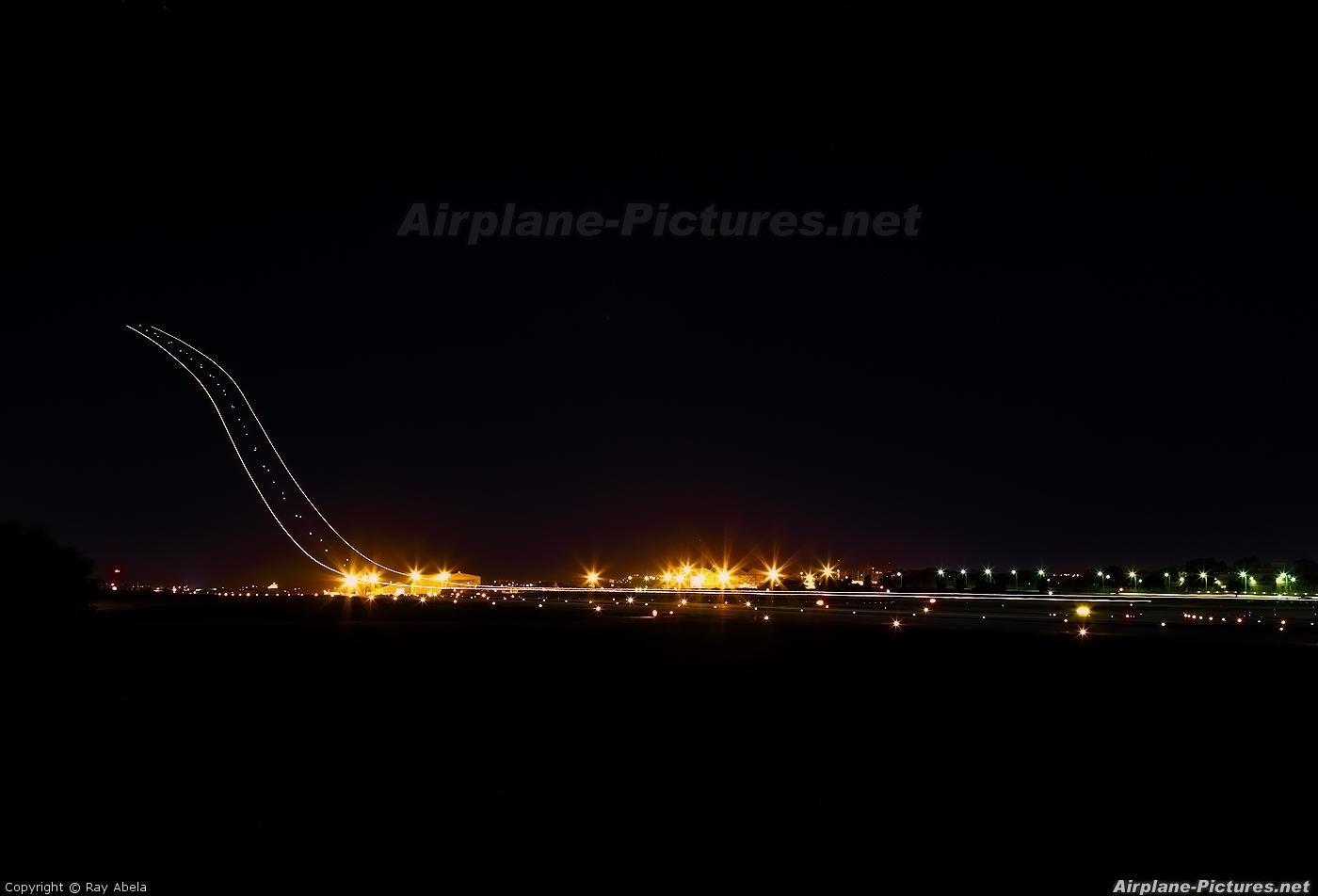 Ryanair EI-DHP aircraft at Malta Intl