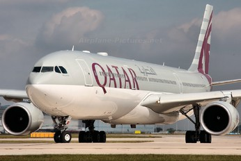 A7-AEO - Qatar Airways Airbus A330-300
