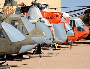 - - USA - Army Bell CH-136 Kiowa