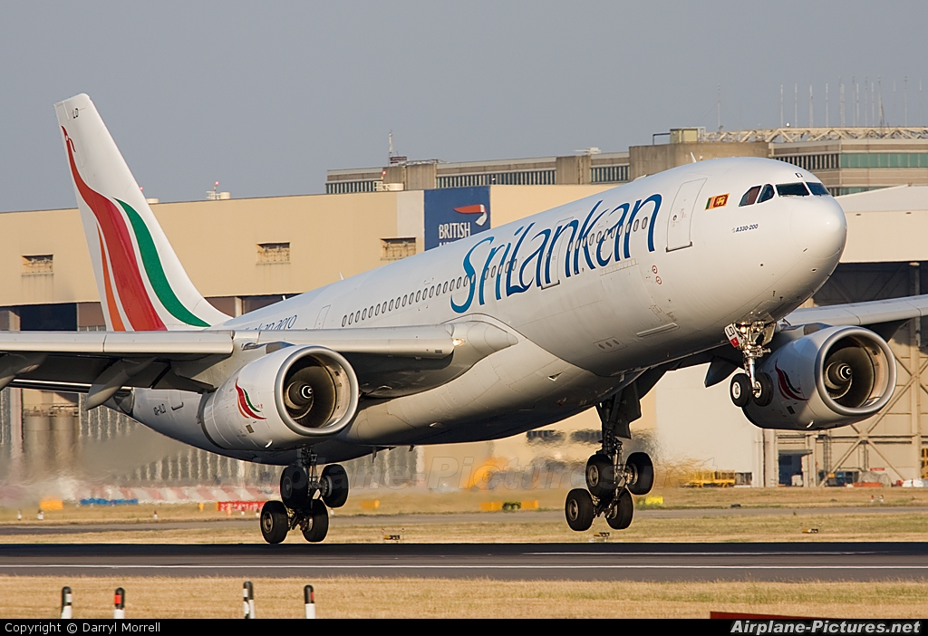 SriLankan Airlines 4R-ALD aircraft at London - Heathrow