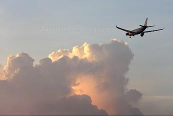 JY-AIF - Royal Jordanian Airbus A330-200