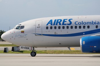 EI-EEB - Aires Colombia Boeing 737-700