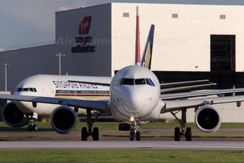 HB-IJV - Swiss Airbus A320