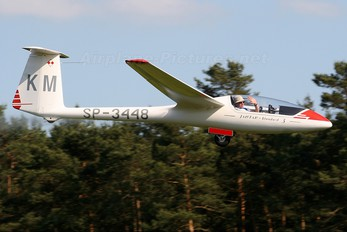 - - Private PZL SZD-48 Jantar