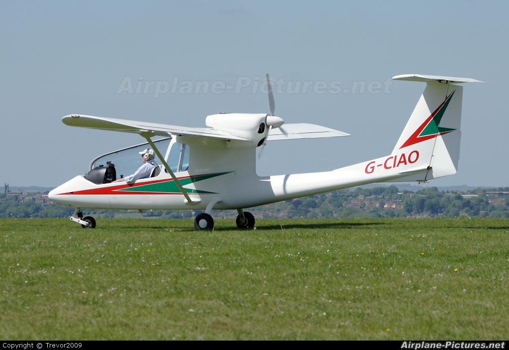 Private G-CIAO aircraft at Compton Abbas